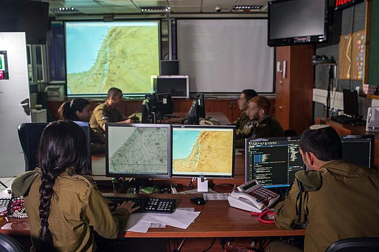 Les cybers élèves-officiers israéliens s'entraînent  dans un monde inspiré de Harry Potter