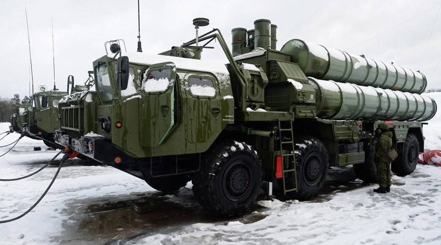 Le système de défense antiaérien S-400