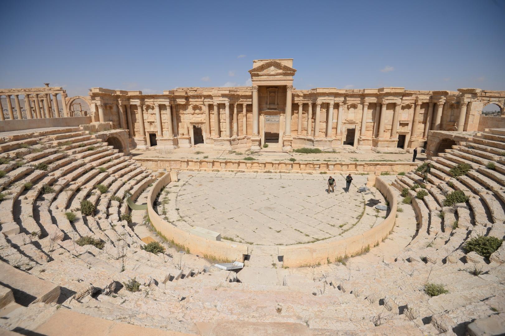 Palmyre : les premières images de la cité antique arrachée à Daesh (PHOTOS, VIDEO)