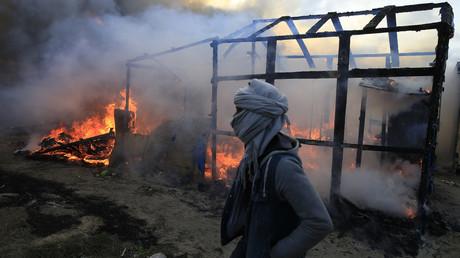 Incendie dans la Jungle de Calais
