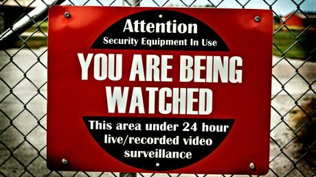 Ces panneaux publicitaires nouvelle génération seront en mesure de capter les données de tous les passants et conducteurs utilisant le service d'AT&T à leur proximité.
