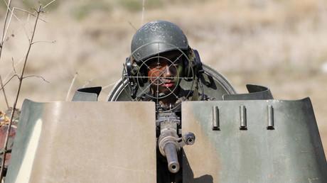 Un militaire sud-coréen participe à un exercice militaire avec les soldats américains en 2013