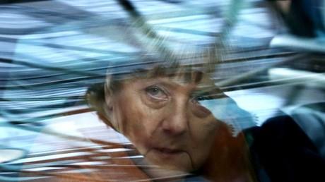 La chancelière allemande Angela Merkel arrive au sommet UE-Turquie à Bruxelles, le 7 mars 2016