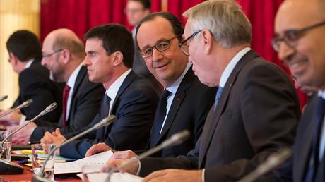 «La fonction de Hollande est de vendre le capitalisme aux travailleurs»
