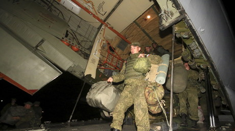 Les troupes russes s'apprêtent à rentrer à la maison.