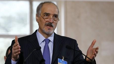 Bachar al-Jaafari, le représentant permanent de la République arabe syrienne auprès des Nations unies lors de la conférence de presse à Genève, le 16 mars 2016