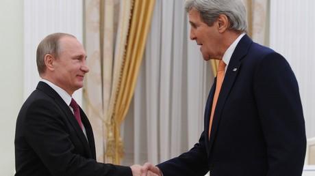 Vladimir Poutine et John Kerry à Moscou
