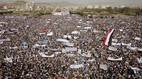 Au moins des dizaines de milliers de personnes sont descendues dans les rues pour dire non à la guerre