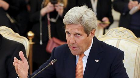 La campagne républicaine «embarrassante» pour les Etats-Unis, selon John Kerry