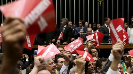 Brésil : les députés qui demandent la destitution de la présidente seraient plus corrompus qu'elle