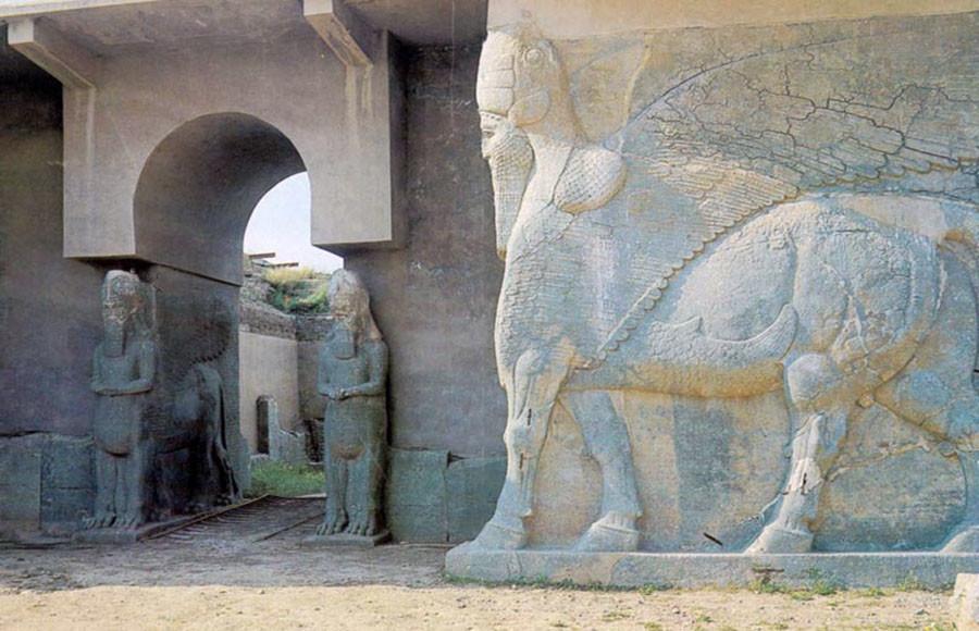 Daesh détruit l'un des plus importants monuments historiques d'Irak, vieux de plus de 2 000 ans