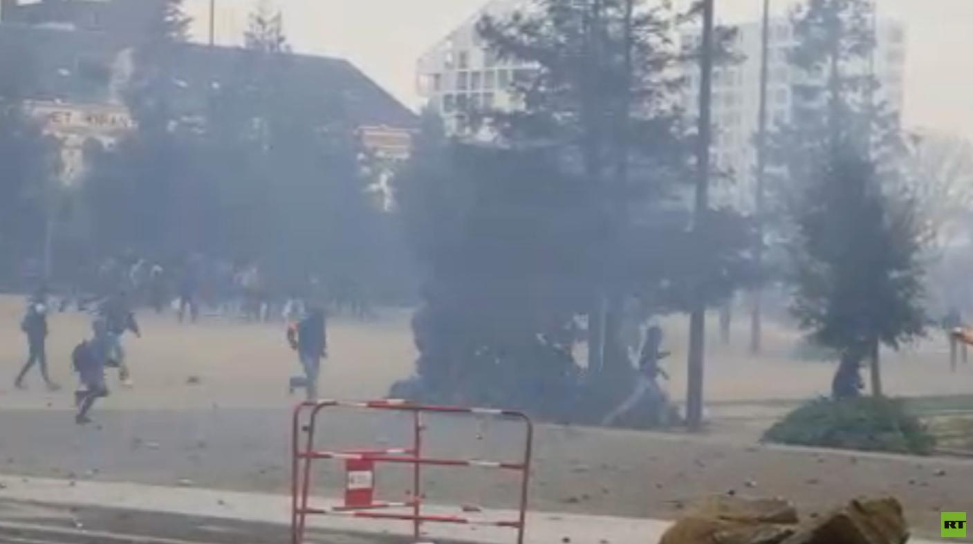 Retour en images sur les manifestations de Nantes  : pluie, violences et lacrymo