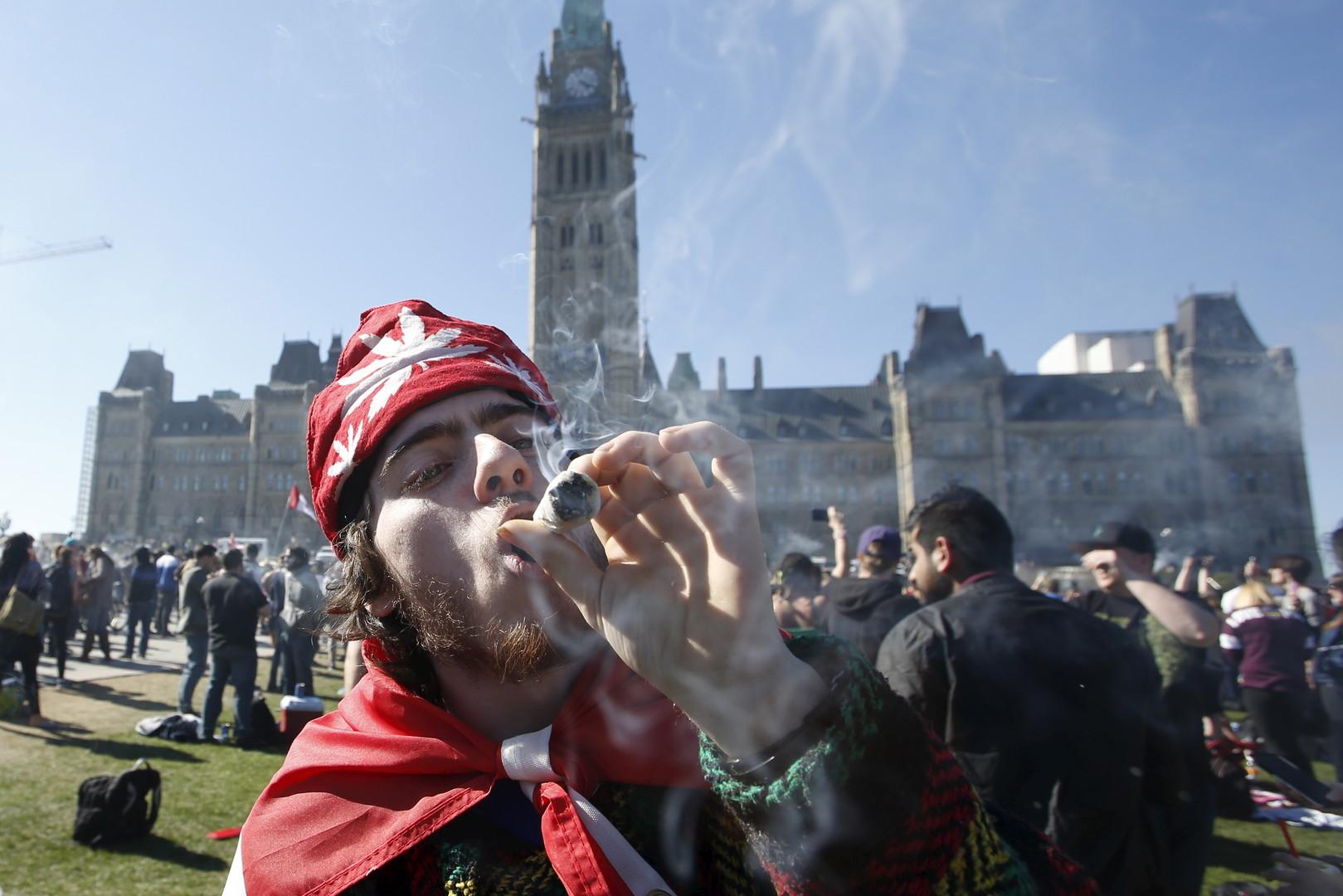 manifestation pour la légalisation de la marijuana au Canada