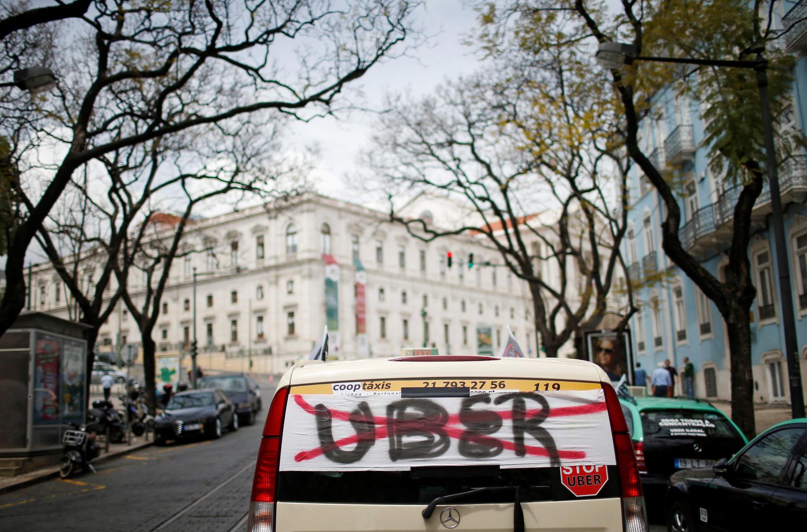 Un ministre du Québec veut adopter une loi pour contrer Uber