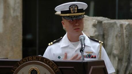 Le lieutenant-commandant Lin