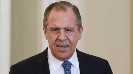 Lavrov : les ingérences dans les affaires intérieures d'Etats souverains mènent au chaos