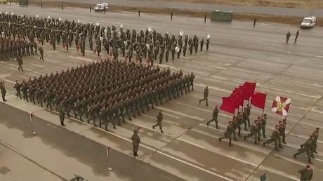 Russie : les répétitions du défilé de la Victoire à Alabino, filmées par un drone