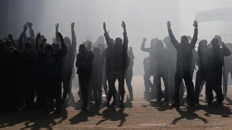 Des manifestants protestant contre la loi travail