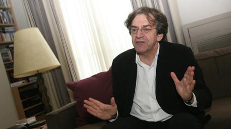Alain Finkielkraut expulsé de la place de la République : la classe politique française indignée