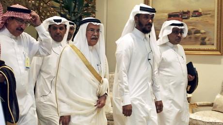 Le ministre saoudien du pétrole Ali al-Naimi arrivant au sommet de Doha, le 17 avril 2016
