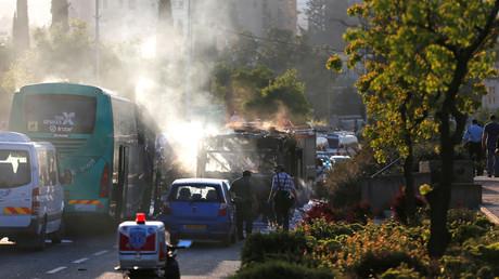 Arrivé des urgences après la déflagration qui a touché un bus à Jérusalem ce lundi 19 avril