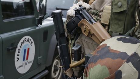Strasbourg: un militaire de l'opération Sentinelle légèrement  blessé par une personne parlant arabe