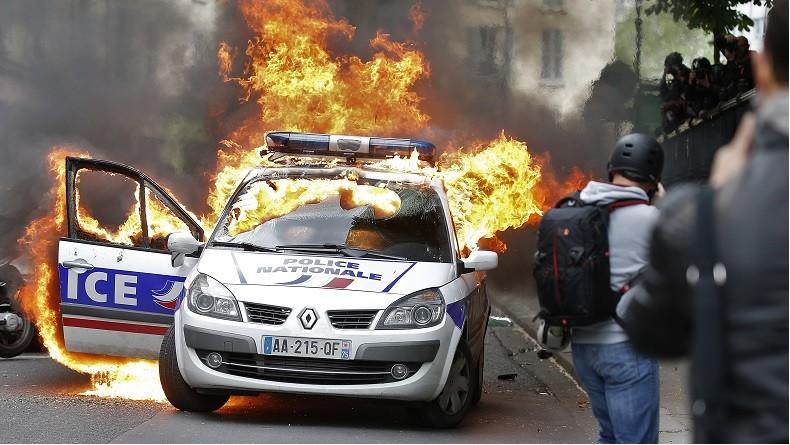"""Résultat de recherche d'images pour """"police c'est pas juste"""""""