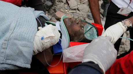 Kenya : une femme est retrouvée vivante après six jours sous les décombres (PHOTOS, VIDEO)