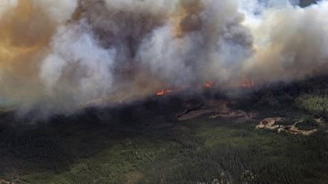Scènes d'apocalypse à Fort McMurray au Canada