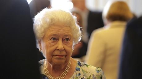 Après Cameron sur la corruption nigériane, la reine Elizabeth renchérit sur l'impolitesse chinoise