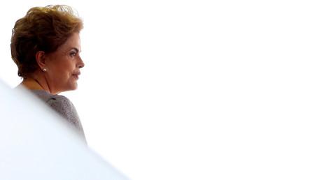 Le Sénat brésilien a temporairement suspendu la présidente Dilma Rousseff de ses fonctions