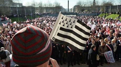 Un habitant de Belfort accuse la France et demande officiellement la nationalité bretonne
