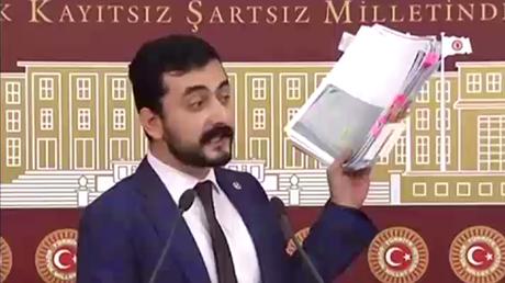 Eren Erdem, député turc d'opposition