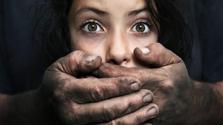 Le prof qui a harcelé sexuellement 108 enfants, condamné à 12 ans de prison