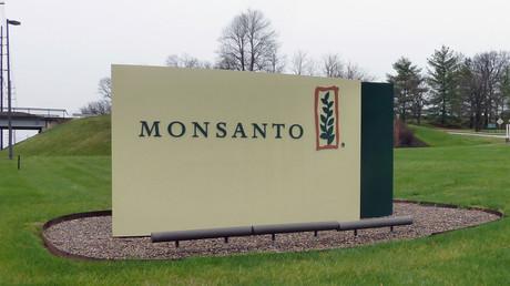 Monsanto rejette l'offre de rachat de Bayer mais reste ouvert à des négociations