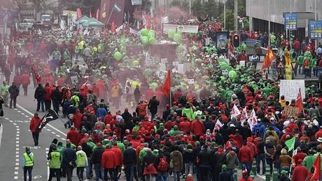 Belgique : les grèves se multiplient dans le service public pour faire chuter le gouvernement