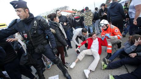 Simulation d'une attaque terroriste dans une fan zone de Nîmes