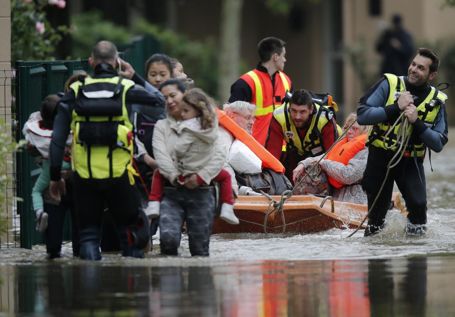 Inondations en France : la situation se dégrade, la crue pourrait atteindre 6,5 mètres à Paris