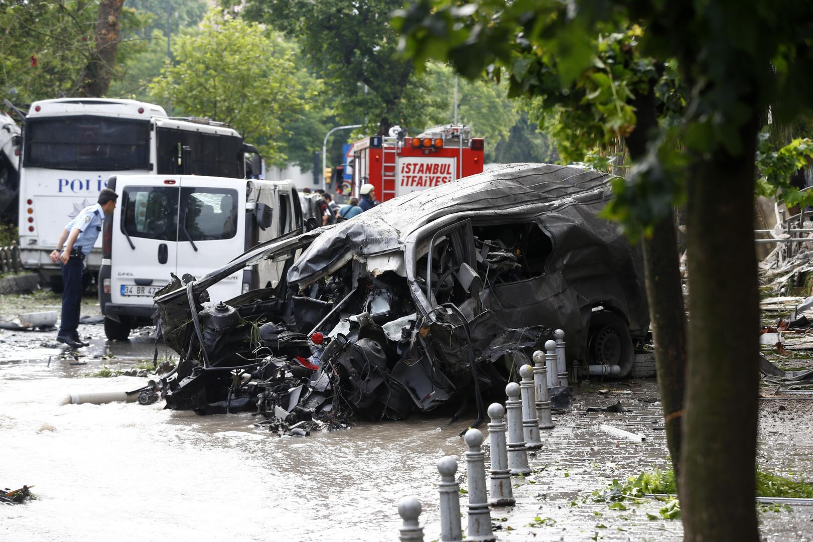 Turquie : 11 morts et 36 blessés dans une explosion près d'un arrêt de bus à Istanbul