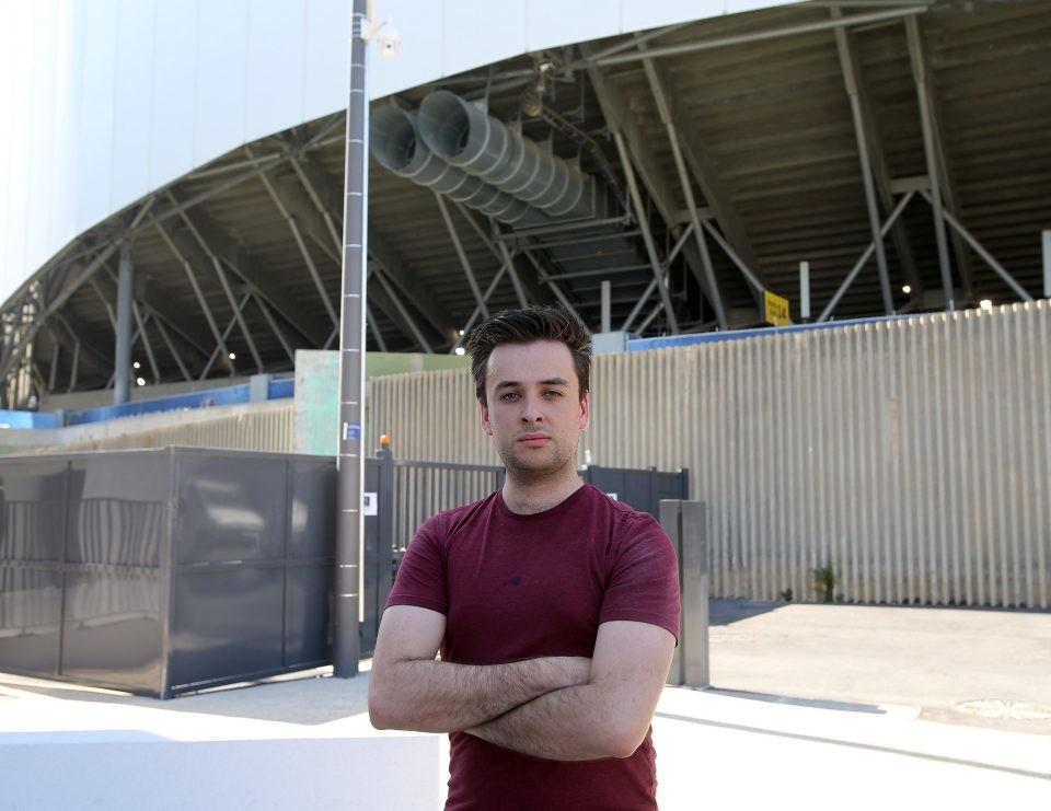 Malgré les mesures de sécurité, un journaliste s'introduit sans difficultés dans le stade Vélodrome