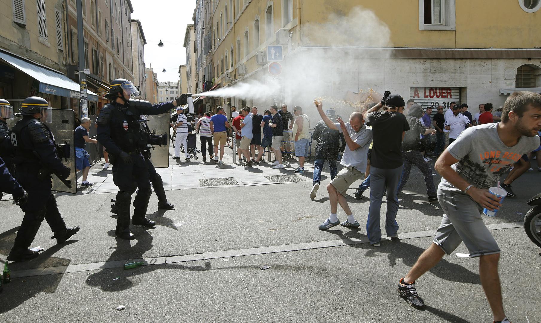 Marseille : fortes tensions entre les supporters et la police, nombreux blessés (PHOTOS, VIDEOS)
