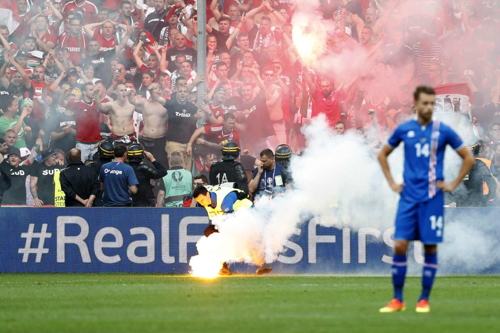 Euro 2016 : Procédures disciplinaires contre la Hongrie, la Belgique et le Portugal (VIDEOS)
