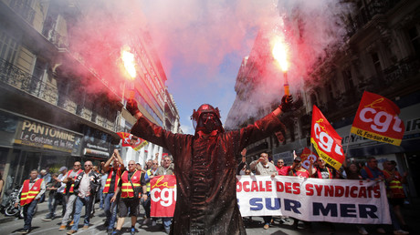 Loi travail : les actions coup de poing se multiplient partout en France (PHOTOS, VIDEOS)
