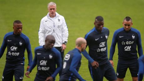 Commentateurs roumains : «T'as vu la France ? C'est un peu le Congo sauf qu'ils jouent mieux»