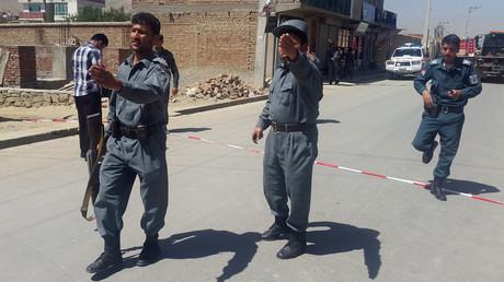 Des policiers afghans après une attaque suicide à Kaboul le 25 mai dernier
