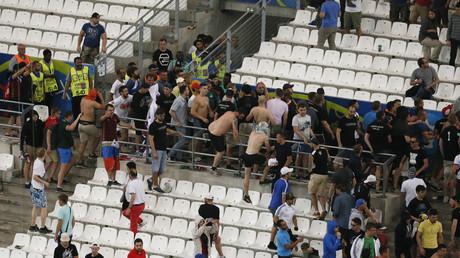 Violences dans le Stade Vélodrome entre supporters anglais et russes