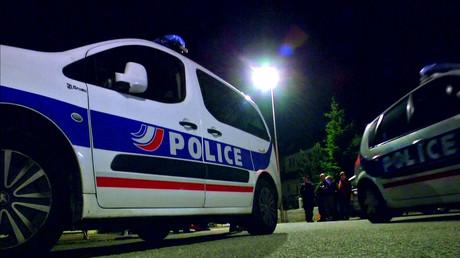 Cordon de police à Magnanville