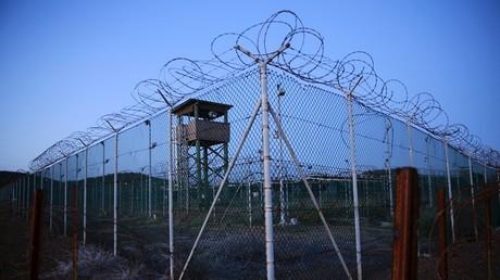 Le camp de prisonniers de Guantanamo