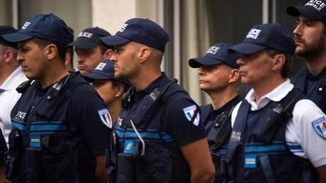 Les collègues du couple de policier brutalement assassiné par un djihadiste à Magnanville sont endeuillés