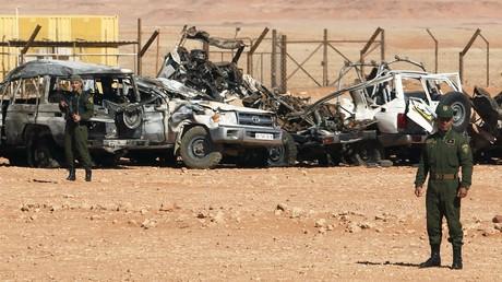 Des militaires algériens